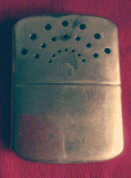 Antiguo radiador calentador de mano