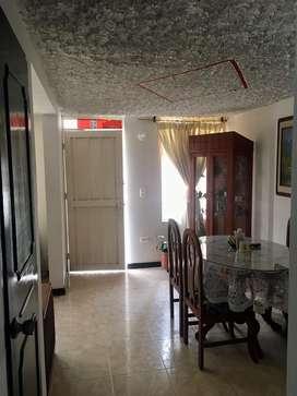 Se vende o se permuta a otra de dos pisos independientes o  a una de un solo piso minimo contres habitaciones