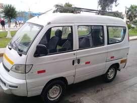 Remato  minivan  por motivo de viaje