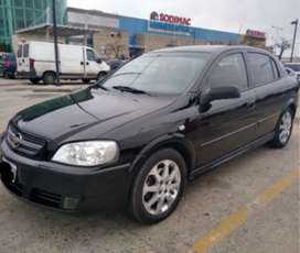 ASTRA GLS 2010 IMPECABLE