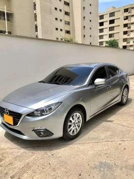 Mazda 3 Touring 2017 2.0 Automatico con cuero.