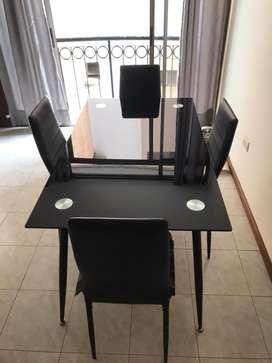 Comedor 4 sillas