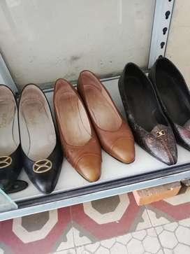 Zapatos  para dama como nuevos  #39 40