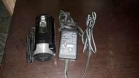Se vende videocamara sony