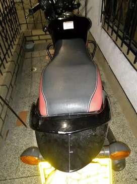 Moto Hayate evolución negra con roo
