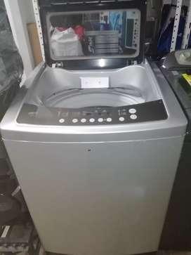 Hoy en venta lavadora haceb 36 libras