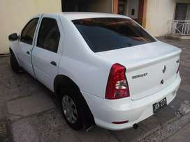 Vendo impecable Renault Logan 1.6 8 valvulas Año Modelo 2010