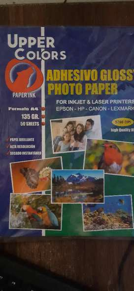 Papel fotográfico adhesivo