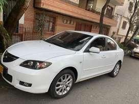 Mazda 3 1.6 cc automatico llantas nuevas