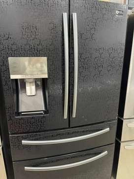 Nevecon samsung 781 litros poco uso en buen estado
