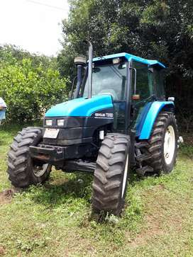 Vendo tractor New Holland ts100