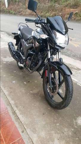 Vendo moto  thriller  150 es su buen estado