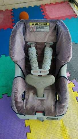 Silla Importada Para Auto Evenflo Scout 2kg - 18kg Con Arnes Seguridad