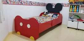 Cama personalizada Mickey Mouse de 1 1/2 plaza