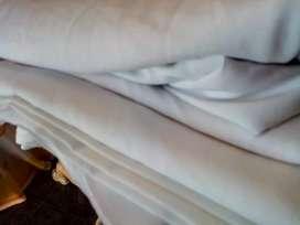 Vendo manteles blancos grueso impecables oferta