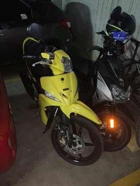 Se vende moto cripton practicamente nueva