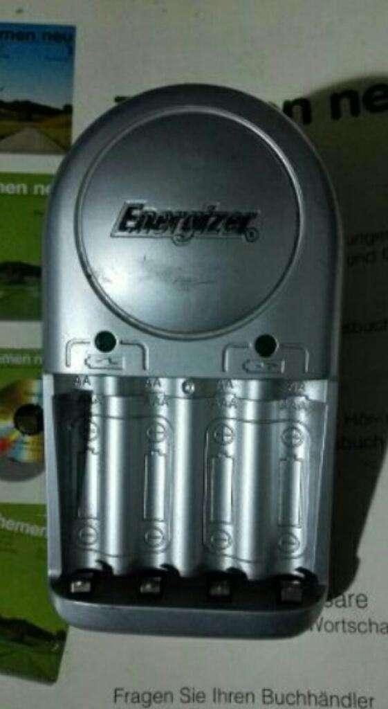 Cargador de Pilas Aa Aaa Energizer