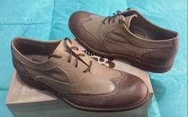 Zapatos WOLVERINE de cuero talla 8us NUEVOS no bass cat timberland tommy