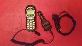 Motorola V 120 Con Cargador De Auto Y Cable Datos