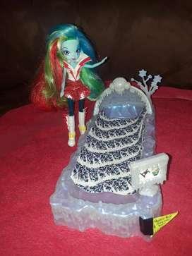 Monster High Kit Dormitorio