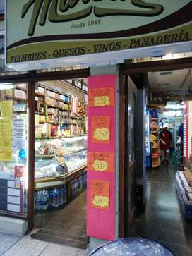 Vendo local en el centro de Mar del Plata con renta inmediata. Acepto permuta menor valor
