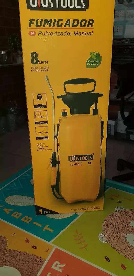 Fumigadora pulverizadora 8 litros 0