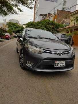 Toyota Yaris Gris-2017