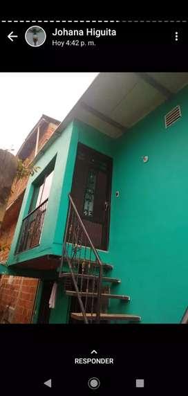 Se vende casa en el barrio Caicedo
