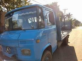 camionmercedez benz  608 año 82 en san pedro misiones