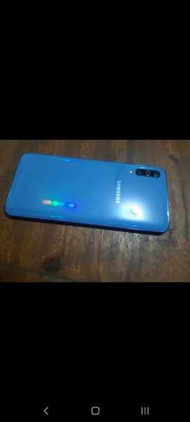 Se vende Samsung Galaxy A70