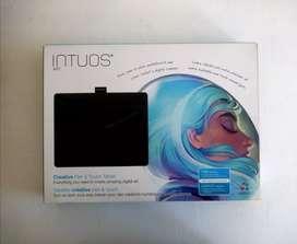 Tableta Wacom Intuos Art medium