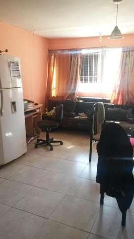 Dueño vende departamento 3 ambientes PB excelente ubicación Victoria
