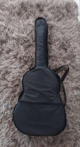 Guitarra en acero