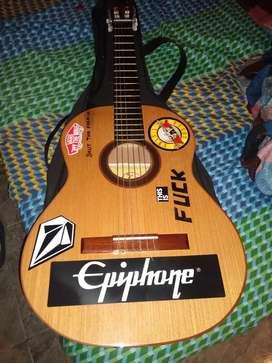 Guitarra criolla foglia