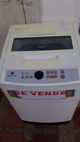 Vendo lavadora  Samsung  18 libras