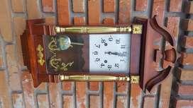 Reloj De Pared De Madera A Cuerda