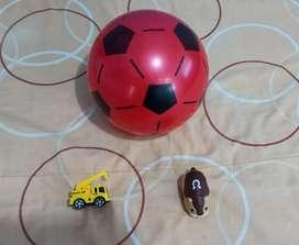 Vendo pelota y dos juguetes