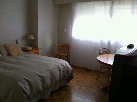 Recoleta, 2 habitaciones principales 1 habitacion de dependencia,