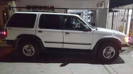 Vendo Camioneta Ford Explorer 1999al Dia