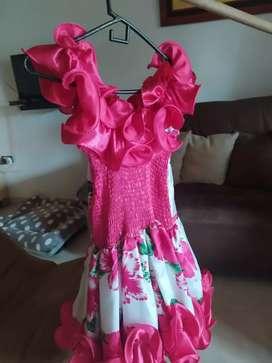 Vestido llanero 10 de 10, talla 16 ajustable a menos