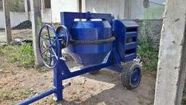 Vendo mezcladora concreto con poco uso