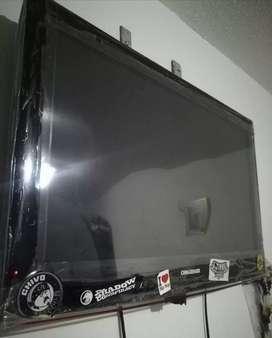 Tv LCD 32 pulgadas como nuevo