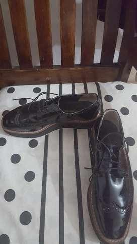 Zapatos charol, de Marca