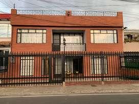 GANGA- ARRIENDO CASA AMOBLADA  PARA NEGOCIO HOTELERIA Y AFINES-CHIA