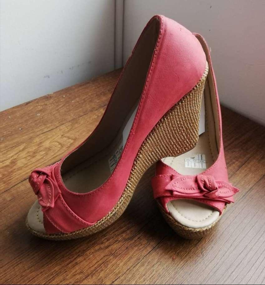 Zapatos elegantes Dos puestas