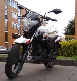 Vendo moto AKT EVO R3