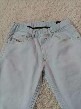 vendo jean importados marca disel talla32 poco uso