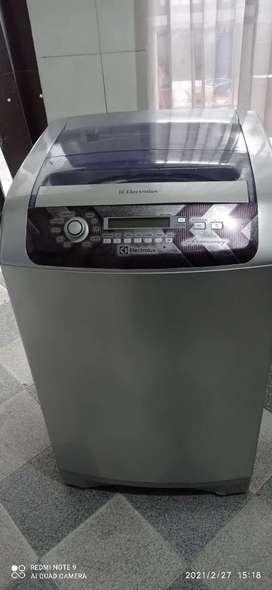Lavadora Electrolux 28 libras