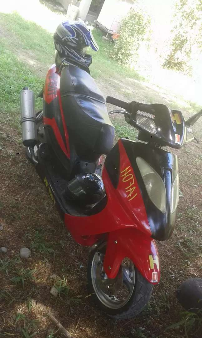 Moto Scooter 0
