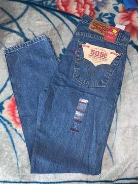 Pantalones marca Levis 550 y 505 talla 30x32 hombre